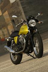 Moto-Guzzi V7 750 Cafe Classic 2010 - 32