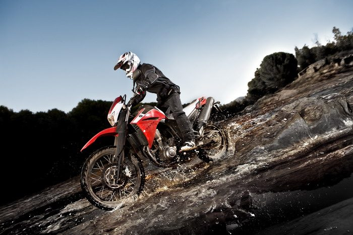 Yamaha XT 660 R 2011 - 16