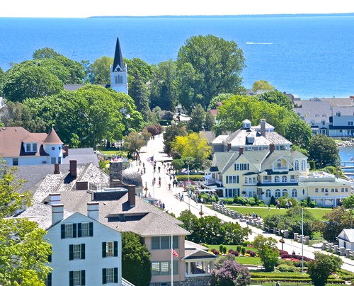 mackinacisland viewfromfort mainstreet lakehuron