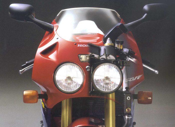 Honda RVF 750 R - RC 45 1994 - 16