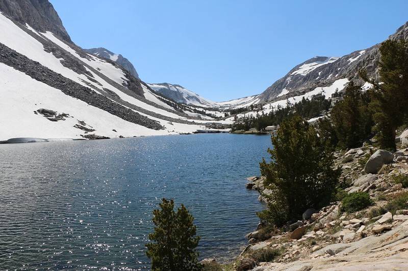 Snowy Loch Leven on the Paiute Pass Trail