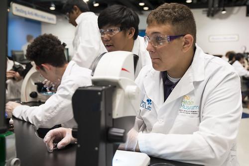 HEAL Students Visit Health Museum