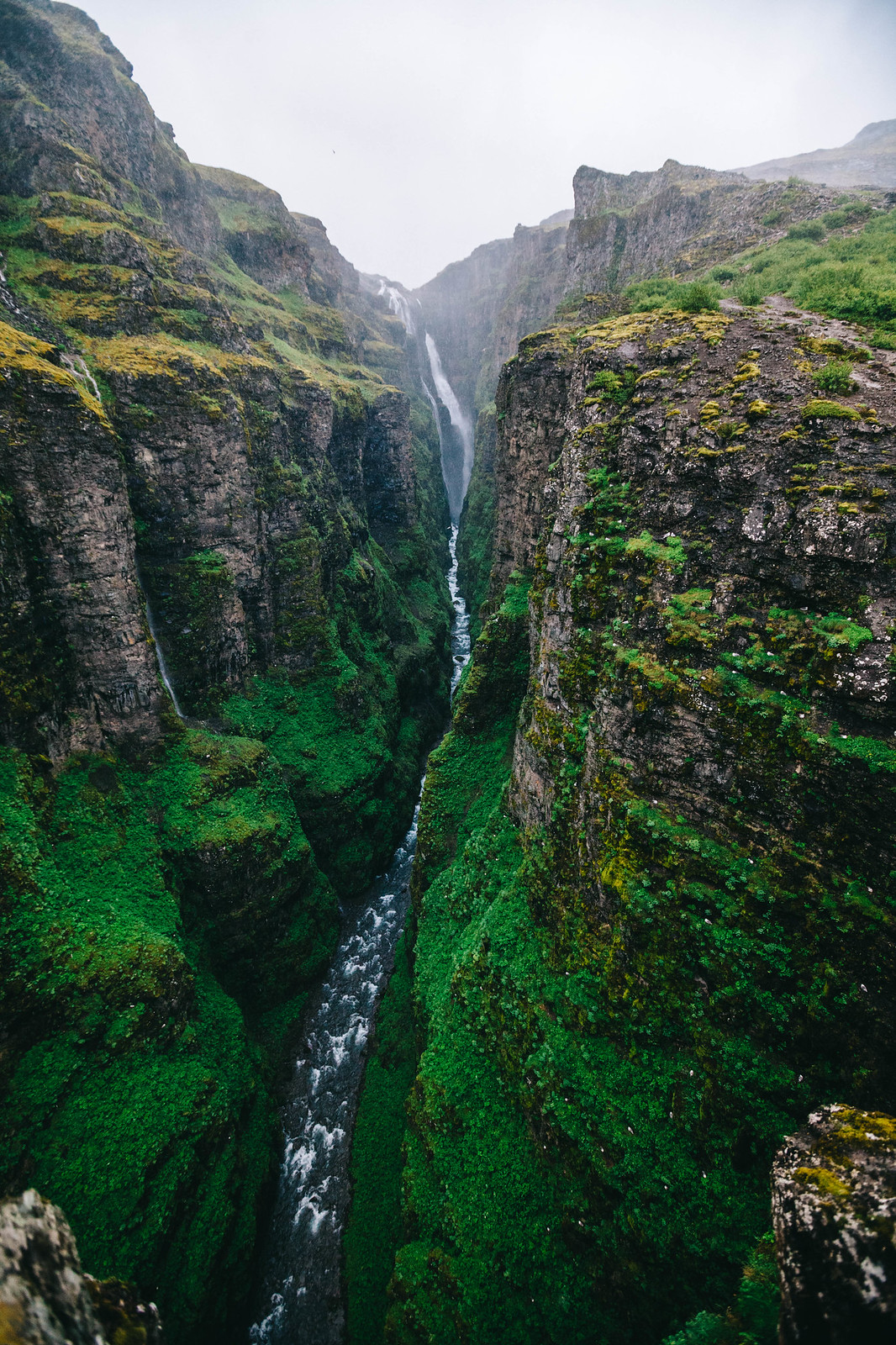 Islanti ja Islannin nähtävyydet