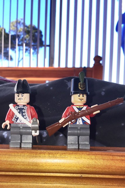 Light Infantry Officer and skirmisher, early 1800's