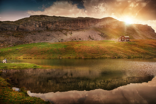 lake switzerland melchseefrutt alpinelake fishing lakereflection mountains sunset sundown eveningmood eveninglight eveningsky enjoythesilence