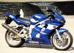 Yamaha YZF-R6 600 2002 - 9