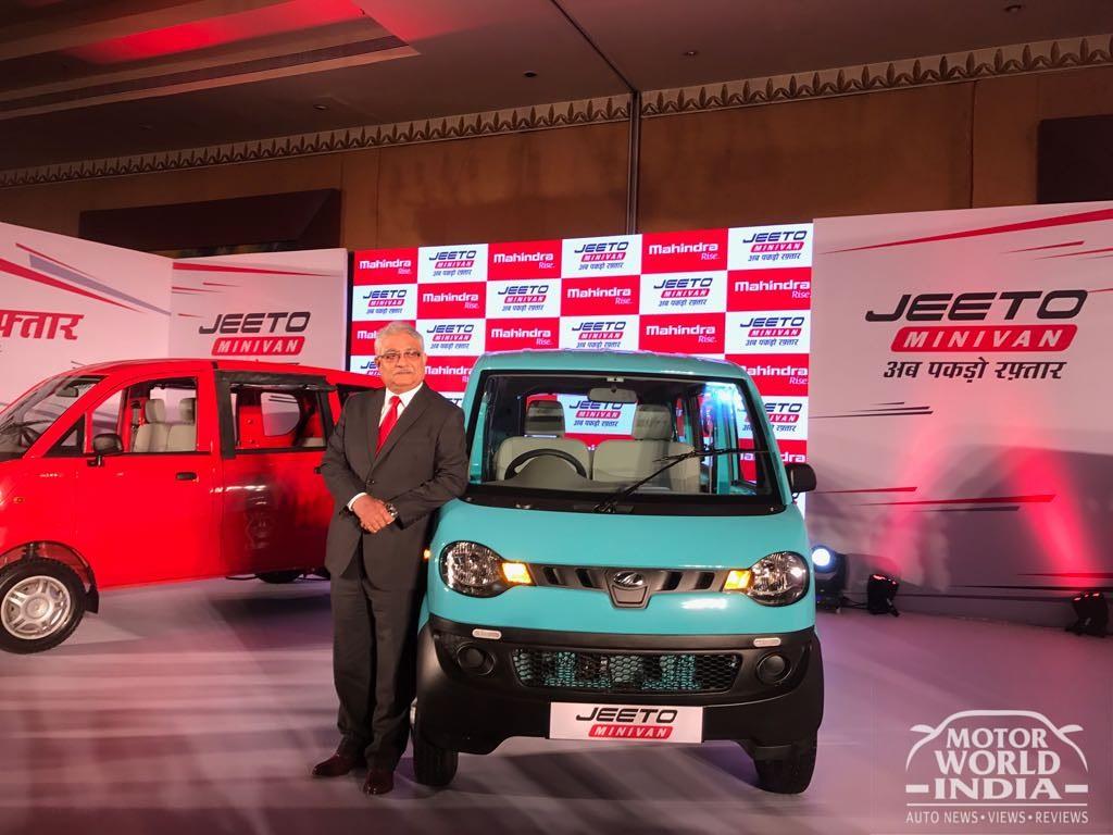 Mahindra-Jeeto-Minivan-Launch (5)