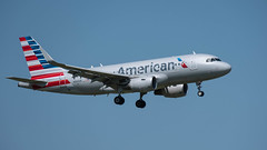 American Airlines AIRBUS A319-115 N9010R