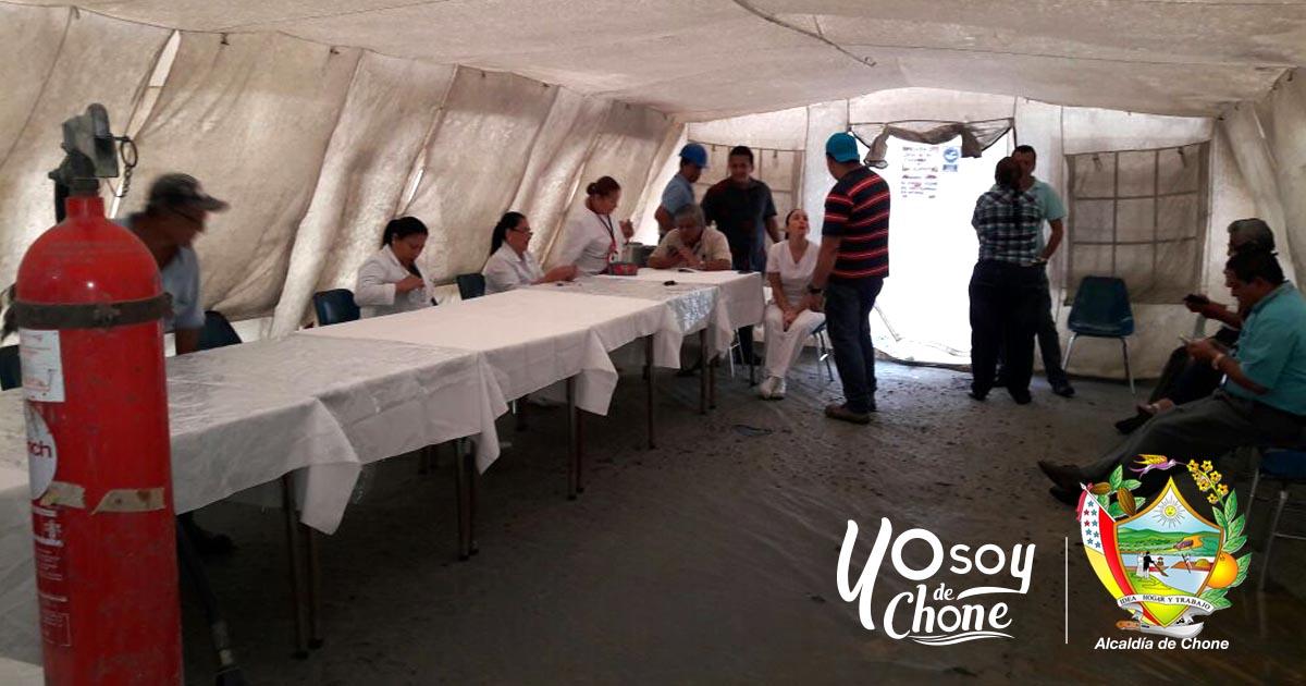 Bomberos de Chone capacitan a personal de hospital Napoleón Dávila Córdova