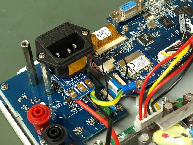 Owon XDS3202A Oscilloscope Teardown