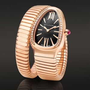 Picture of Golden Luxury Watch