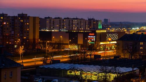 magyarország épület árkád budapest hungary blockofflats building lamp lámpa naplemente napnyugta panelház promenade road sundown sunset sétány út hu
