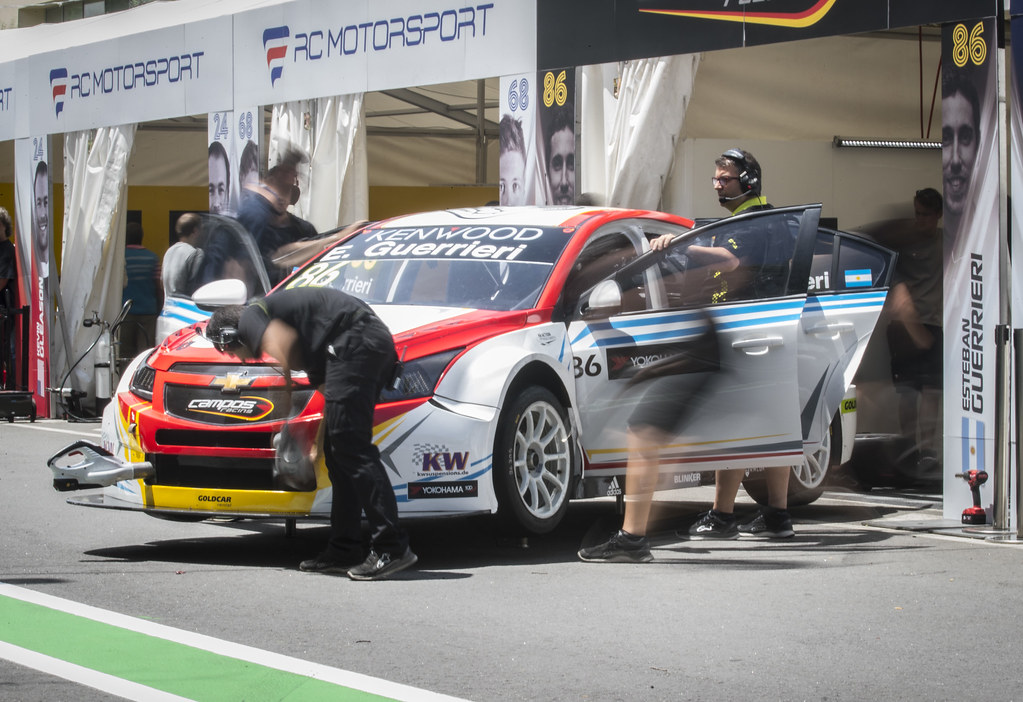 86 GUERRIERI Esteban (arg) Chevrolet RML Cruze team Campos racing action during the 2017 FIA WTCC World Touring Car Championship race of Portugal, Vila Real from june 23 to 25 - Photo Gregory Lenormand / DPPI