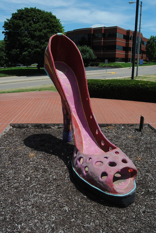 Delilah's Big Red Shoe, Belleville, IL