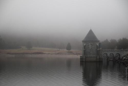 mist andhub ©andrewhubbellallrightsreserved fog savilledam barkhamstedreservoir ct canoneos70d andrewhubbell