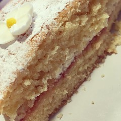 Homemade gluten free Victoria Sponge made by my 8 year old daughter. Lush. #glutenfree #cake #victoriasponge