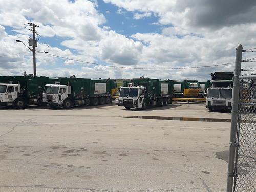 Waste Management Mack LR Mcneilus ZR