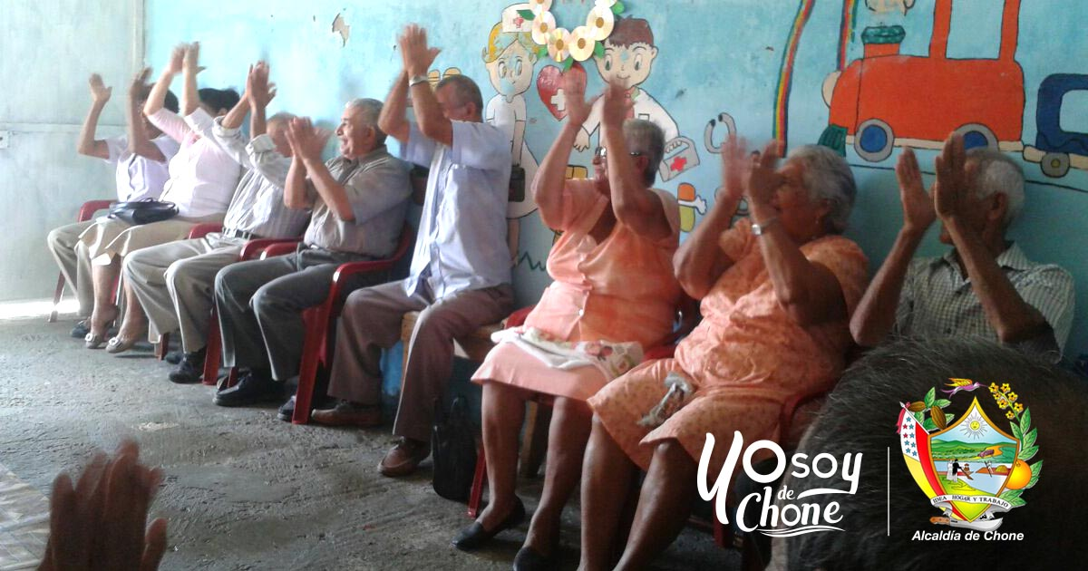 Adultos mayores capacitados por Alcaldía de Chone