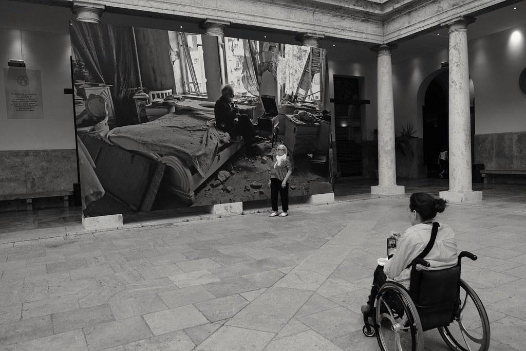 Galeria de arte rosalia sender valencia spain tripcarta - Galerias de arte en valencia ...