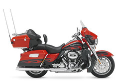 Harley-Davidson CVO ELECTRA GLIDE ULTRA CLASSIC 1800 FLHTCUSE5 2011 - 8