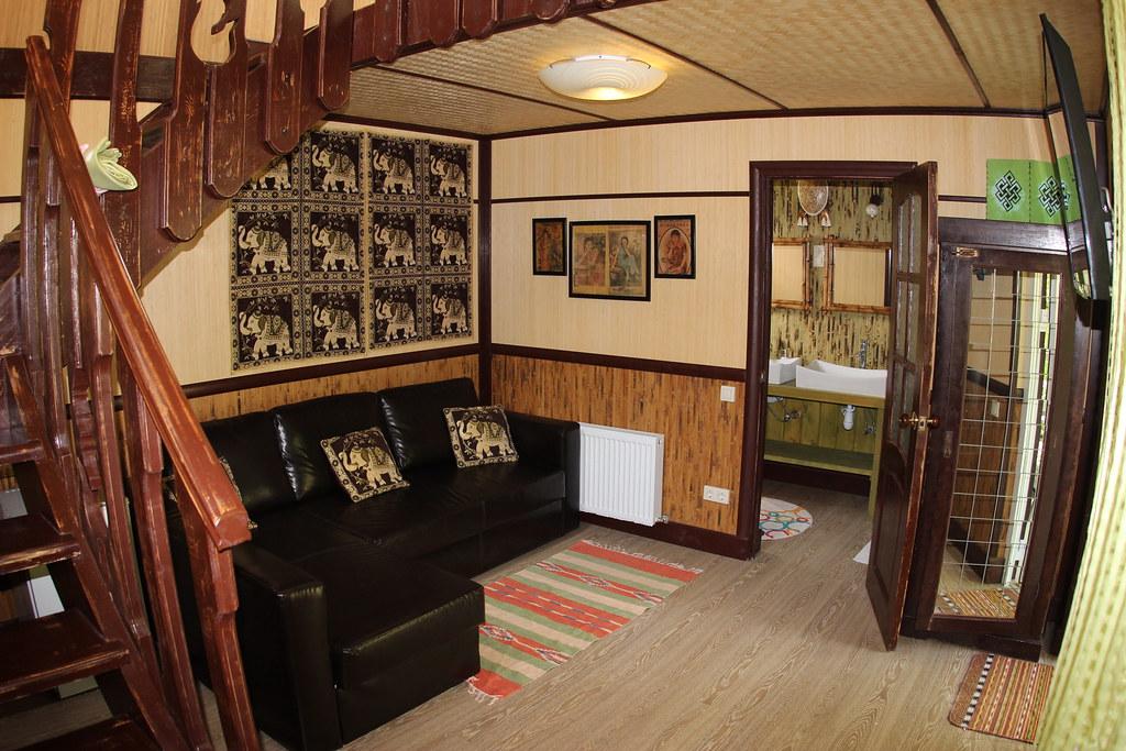 Четырёхместный двухэтажный VIP коттедж, размещение 2 + 2 + 1, с завтраком, отель Баден Баден в Архипо-Осиповке