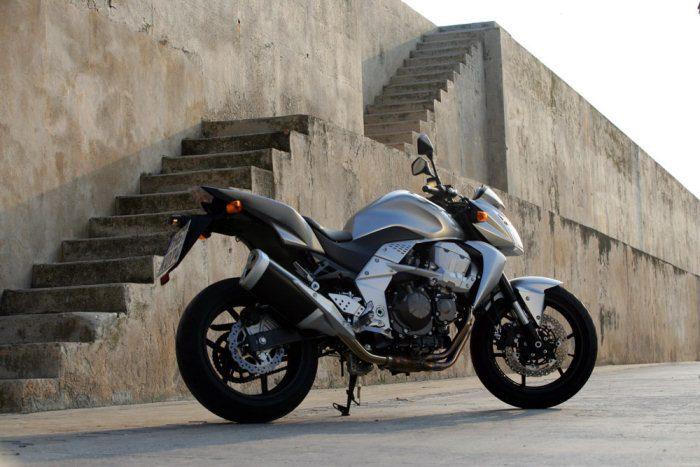 Kawasaki Z 750 2009 - 45