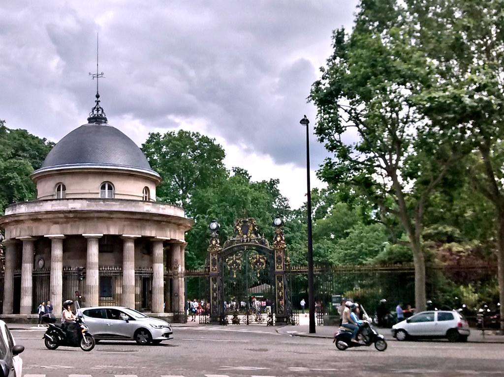 Pont cardinet le de france around guides for Garage mercedes paris 17 rue cardinet