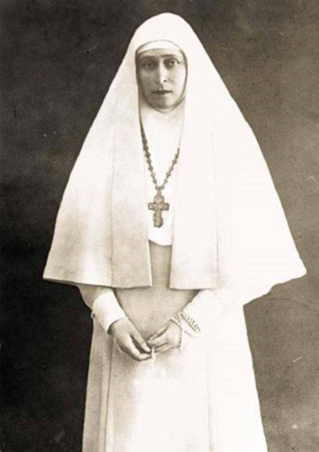 Grand Duchess Elizabeth Feodorovna as a nun after her husband's death, 1918