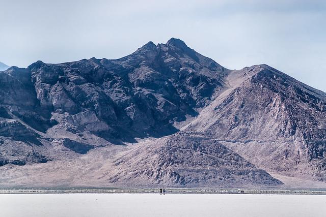 Distant hikers, Nikon D5500, Sigma 28-300mm F3.5-6.3 DG Macro