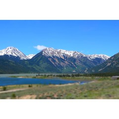 The lake and the mountains.Perfect place to live in peace.😇🙏#raw #untouched #landscape #aspen #colerado #nature #beauty