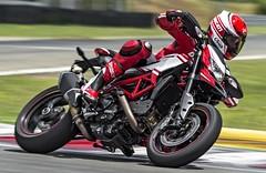 Ducati HM 821 Hypermotard SP 2015 - 0