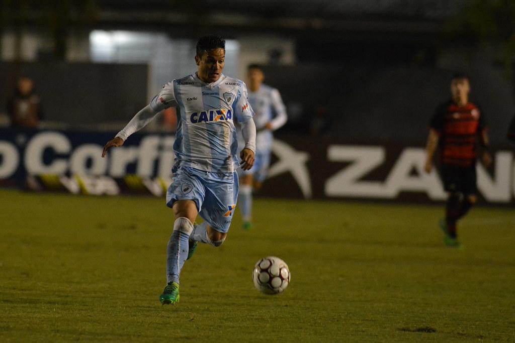 Gustavo Oliveira_007