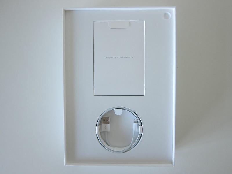 Apple iPad Pro 10.5 Inch (Space Grey 256GB) (Wi-Fi + Cellular) - Box Open
