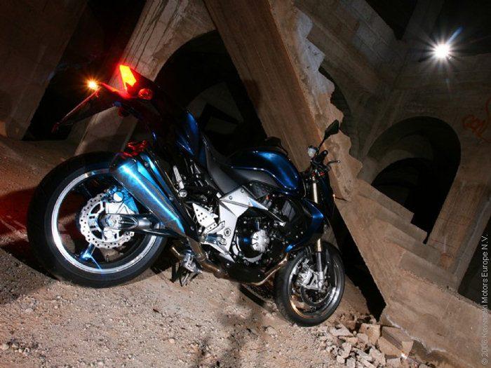 Kawasaki Z 1000 2007 - 8