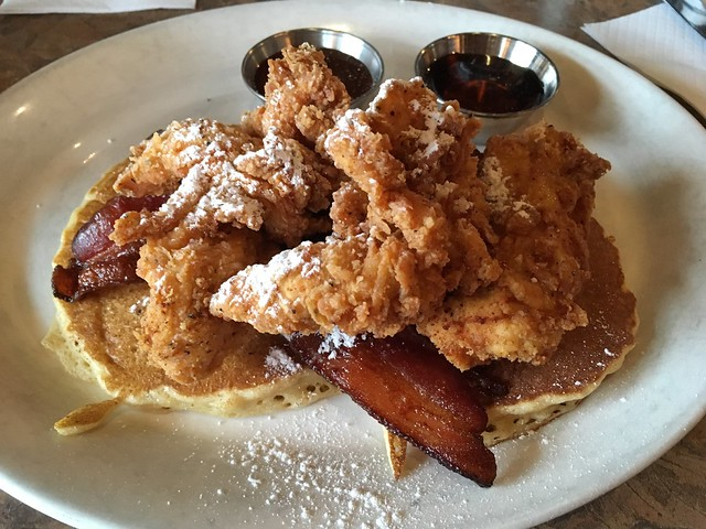 Buttermilk fried chicken and pancakes - Mulebone