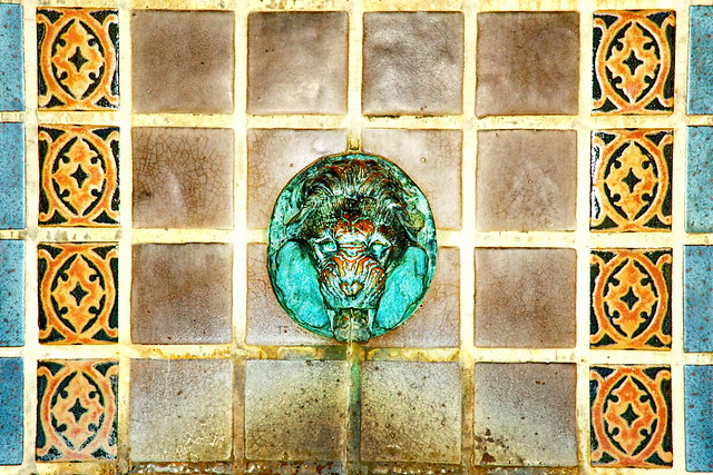 THE LION'S HEAD - a Bronze & Mosiac Tile Water Fountain