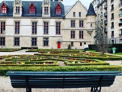 $Secret Romantic Places in #Paris http://buff.ly/2s2YO1n via Lily La Tigresse http://ift.tt/2r4LR7M