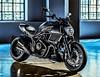 Ducati DIAVEL CARBON 1200 2016 - 10