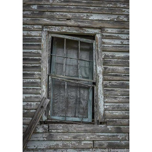 You told me to  wait by the window until you returned ... I waited and grew old and all that remained were memories and Memorial Days  #art #poetry #window #waiting #memorialday #igpowerclub #photographie #photo #memory
