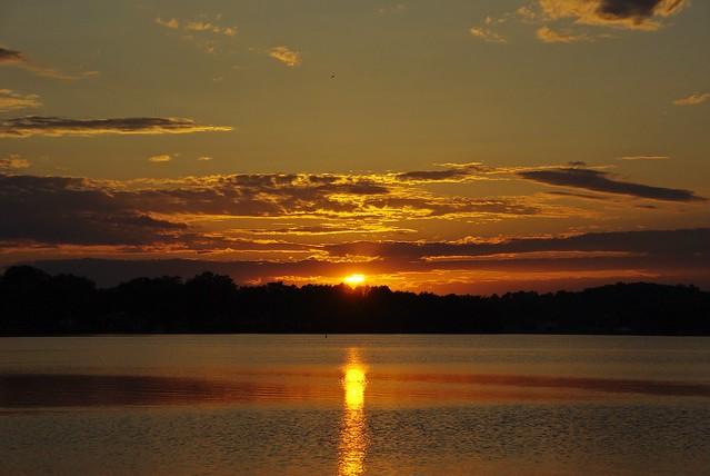SUNSET AT SPRINGFIELD LAKE, Pentax K200D, smc PENTAX-DA 18-135mm F3.5-5.6 ED AL [IF] DC WR