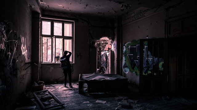 Exploring an abandoned building - Bucharest, Romania - Travel photography