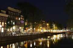 Singelgracht at night