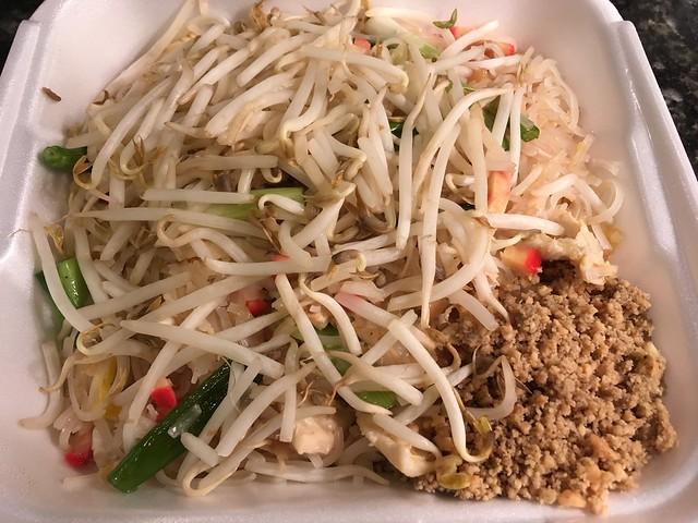 Pad thai - Tara Thai