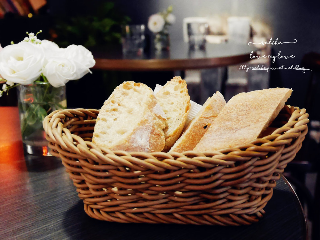 台北公館站台大附近不限時餐廳推薦瑪德蓮書店咖啡 (1)