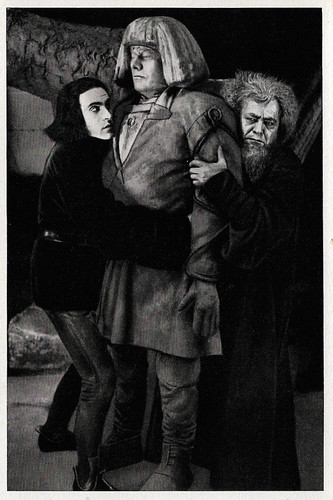 Paul Wegener, Albert Steinrück and Ernst Deutsch in Der Golem, wie er in die Welt kam (1920)