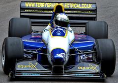 975 - Gould GR55 - Tony Hunt