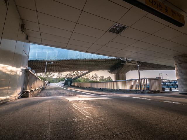 Station_BetweenBridges_Seoul, Panasonic DC-GH5, Lumix G Vario 7-14mm F4.0 Asph.