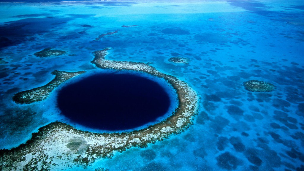 The-Great-Blue-Hole