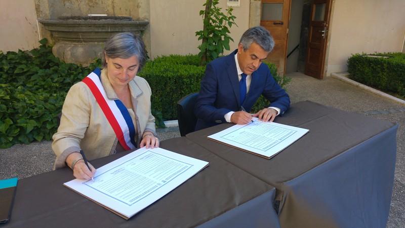 Cabeceiras de Basto celebrou 20 anos de geminação com Neuville-sur-Saone - assinatura de novo protocolo