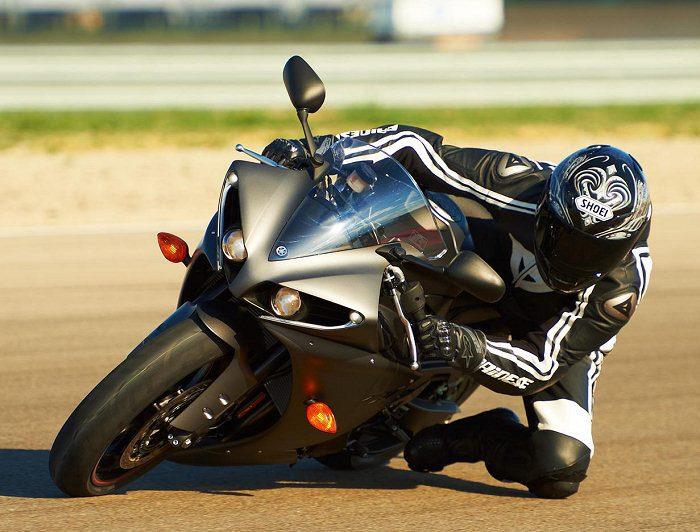 Yamaha YZF-R1 1000 2012 - 16